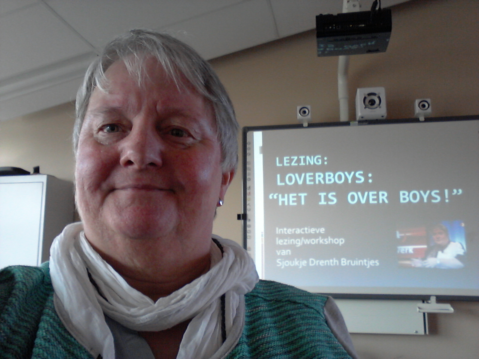 Sjoukje Drenth Bruintjes geeft interactieve lezing Loverboys Het is OVER boys.